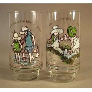 HOLLY HOBBIE Simple Pleasures Drinking Glass Mug Tumbler