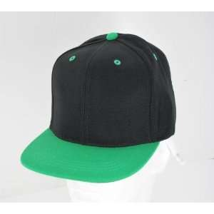BLACK   KELLY GREEN VINTAGE SNAP BACK FLAT BILL CAP