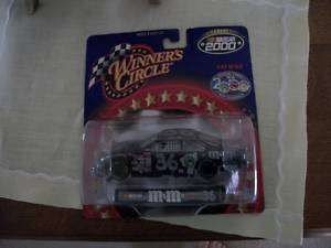 WINNERS CIRCLE NASCAR 2000 CAR 36 M&M 1/34 SCALE MIP