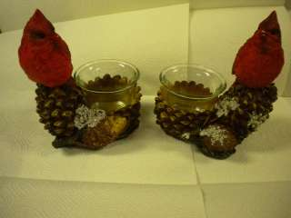 Set of 2 Cardinal Tea Light Candle Holders Capture the Holiday Spirit