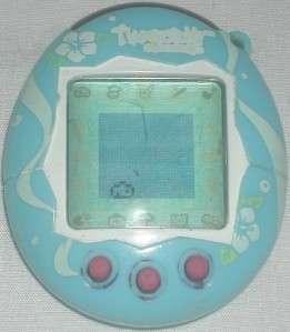 Bandai Tamagotchi Connection Game Blue & White 2004
