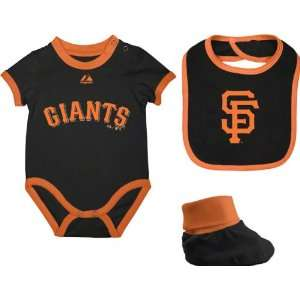 San Francisco Giants Infant Black Triple Play 3 Pack Bib, Bootie, and