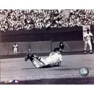 Brooks Robinson   Diving catch, sepia Finest LAMINATED
