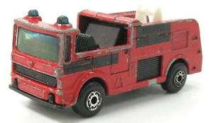 OLD DIECAST MATCHBOX SNORKEL FIRE TRUCK TOY 1981 x