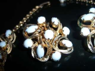PIECE SPRING/SUMMER VINTAGE JEWELRY SET. GOLD TONE BRAIDED LOOK