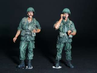 Bravo 6 US Infantry Officer RTO VietNam 68   2 figures 1:35 Pro Built