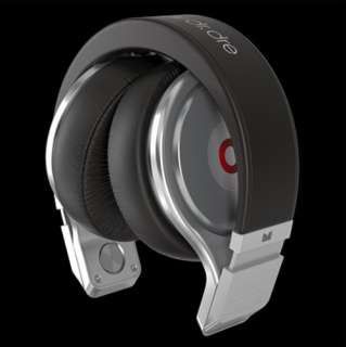 Monster Beats by Dre Pro High Definition Headphones (Black/Silver