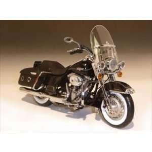 2011 Harley Davidson FLHRC Road King Classic Vivid Black 1