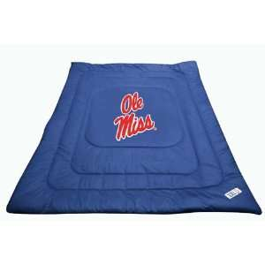 NCAA OLE MISS REBELS TWIN BED COMFORTER