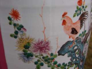 SIGNED CHINESE QIANLONG FAMILLE ROSE ROOSTER BIRD SCENIC VASE