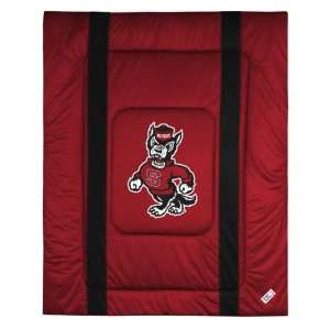 North Carolina State Wolfpack Sideline Comforter   Full/Queen Bed