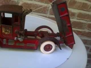 Arcade Cast Iron Toy International Dump Truck Farm Fresh Tractor