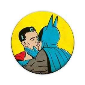 Batman & Superman Kissing 1 Inch Pin Button Badge Comic