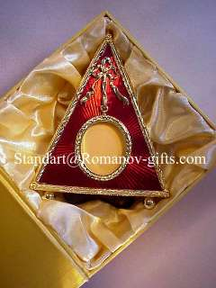 Louis XVI Triangular shaped Presentation Frame Enameled Ruby Red