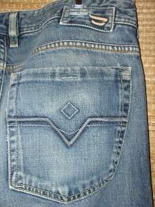 DIESEL AUTHENTIC ZANTHAN MENS BOOTCUT JEANS~32 x 33