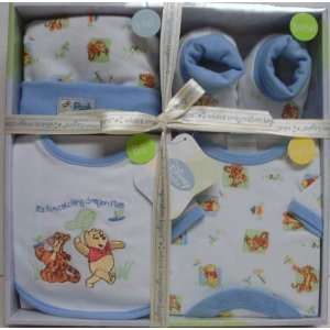 DISNEY BABY 4 Piece Layette Set in Blue Baby