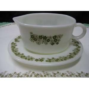 Vintage 1970s PYREX Crazy Daisy or Spring Blossom Gravy Bowl Dish w