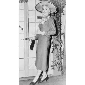 1953 Christine Jorgensen, full length portrait, standing