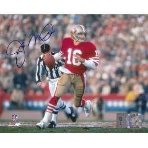 Joe Montana San Francisco 49ers   Scrambling   Autographed