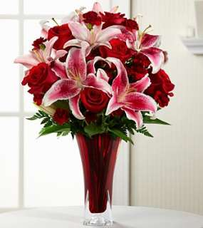 The FTD Lasting Romance Bouquet 12 V1 Valentines Day   Flower