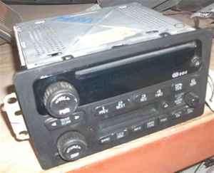 2003 GMC Pickup Sierra 1500 OEM Disc CD Player Radio